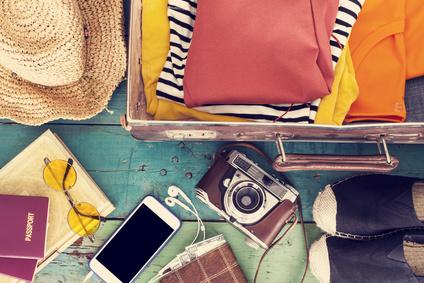 Holiday suitcase_90928209_XS