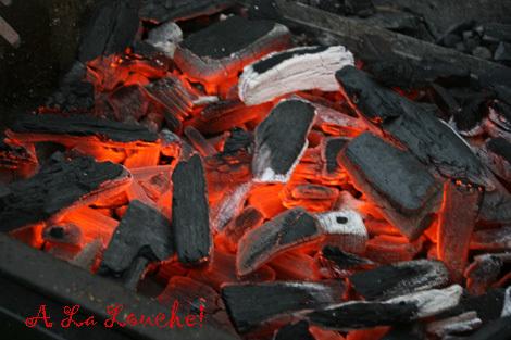 Barbecue_charbon_faire_de_la_brai_8